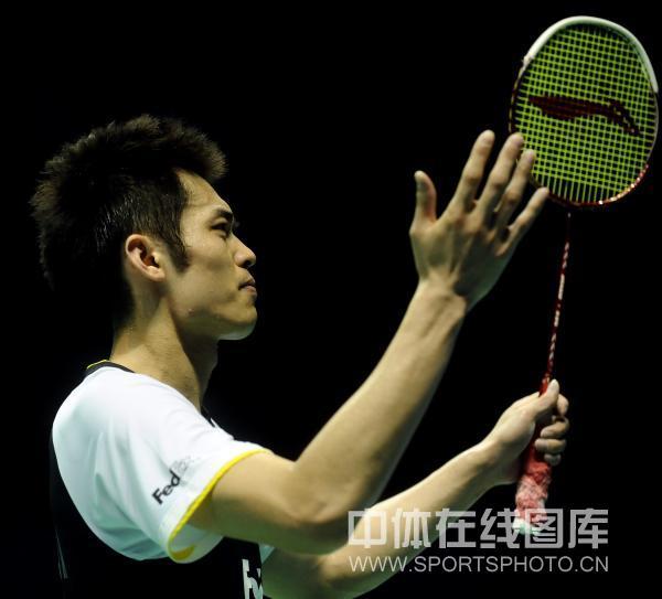 图文-中国羽毛球大师赛林丹夺冠小将谌龙也无奈