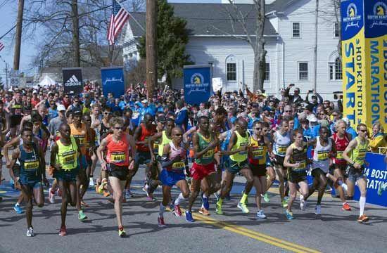 2014波士顿马拉松赛安保翻倍,美国男子夺冠。