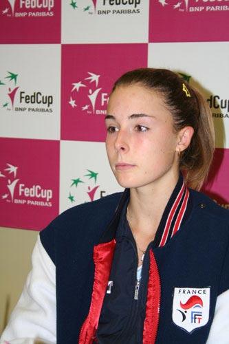 图文-联合会杯首轮中法赛后发布会被李娜打懵了