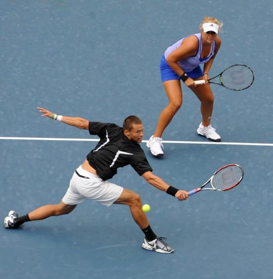 图文-帕洛特组合夺得美网混双冠军截击恰到好处