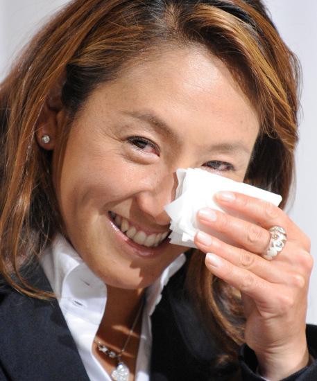 图文-日本网坛一姐本赛季后退役难掩激动泪水