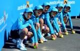 中国球童在澳网赛场合影