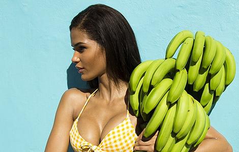 多米尼加超模克里斯-乌雷尼亚