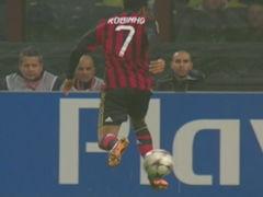 罗比尼奥诡异空气脚失单刀 这次让球给耍了