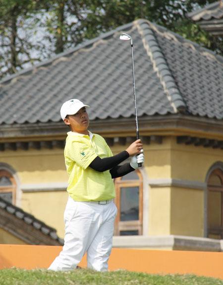 澳门选手区家伟,2010广州亚运会(新浪配图)