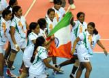 印度队员庆祝胜利