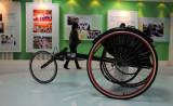 轮椅竞速车