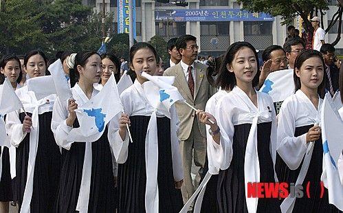 朝鲜选美女亚运啦啦队:不到25岁+超1米65+才艺图