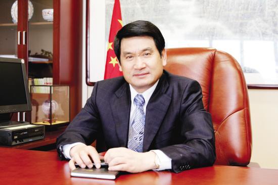 龙华集团董事长_龙华富士康集团图片